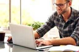STUDIU 64% dintre români își doresc să lucreze în IT. La ce salarii se așteaptă aceștia pentru o poziție de programator junior fără experiență