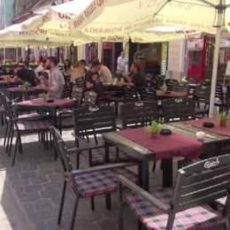 Primăria Brașov oferă facilități fiscale de 10 milioane de lei agenților economici: Reducerea cu 50% a impozitului pe clădiri și a taxei de ocupare a domeniului public pentru terase