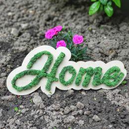 O brașoveancă realizează aranjamente florale din plante sau licheni şi îşi propune să deschidă o florărie cu produse personalizate
