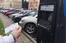 P&P, un nou contract pentru administrarea parcărilor Brașovului. Din 12 noiembrie, se vor aplica tarifele majorate pe hârtie din 2017 și se va taxa staționarea pe mai multe străzi
