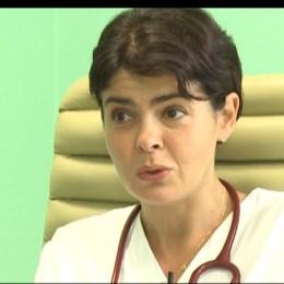 Dr. Andreea Moldovan: Tot mai mulți pacienți tineri, fără comorbidități, dezvoltă forme severe de COVID-19