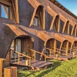 Cuibul de Lemn – o investiție de trei milioane de euro în Valea Glăjeriei. Proiectul va fi dezvoltat cu încă 30 de camere și o piscină exterioară