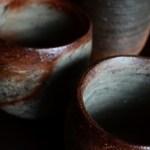 素朴な土模様の湯呑