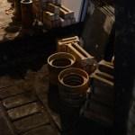 伊部の工房へ、伊勢崎紳さんの窯出しがありました