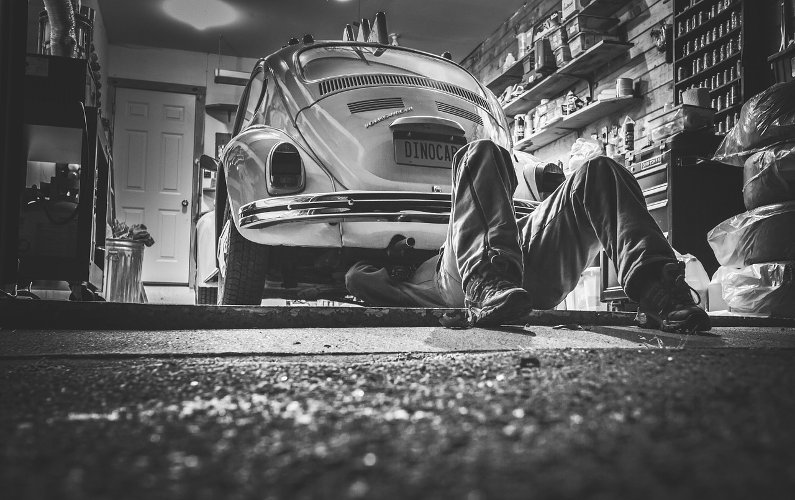 How to Start Your Own Car Mechanics Business (and Thrive)