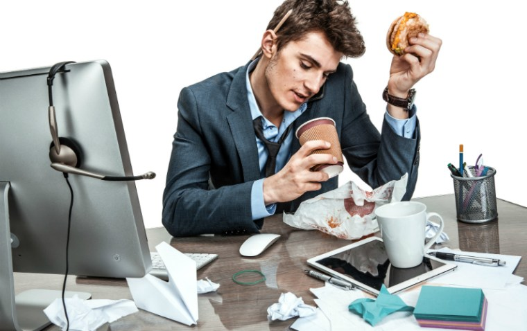 6 Bad Work Habits With Heavy Costs