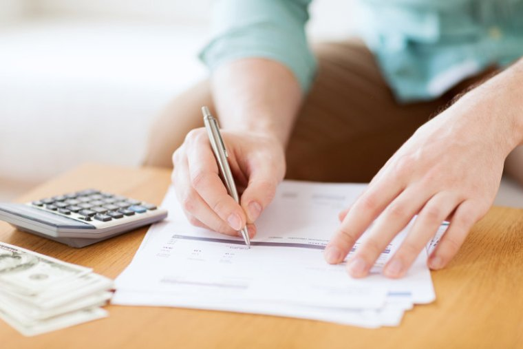 5 Things to Know About Filing Your Taxes (Plus an Infographic)