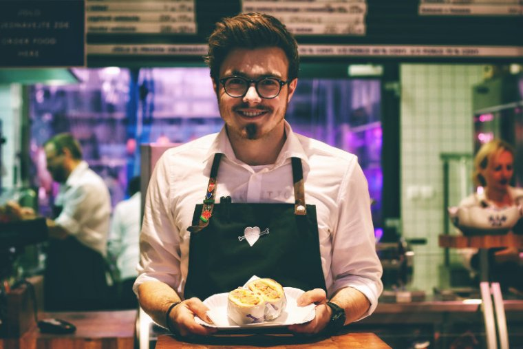 3 Legal Tips for Starting a Food Service Business