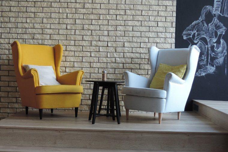 Restaurant armchairs