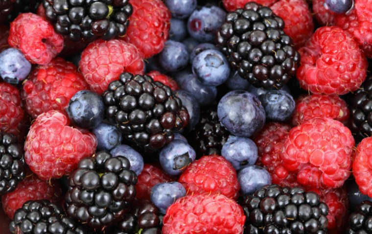 the antioxidants in berries are a great food to boost productivity
