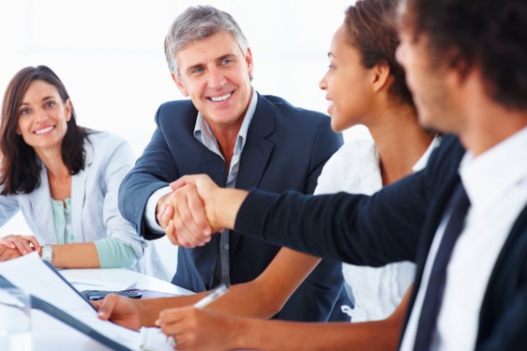 4 Tips for Hiring The Right Salesperson