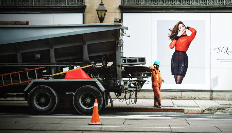 Making It Big: How to Craft the Perfect Advertising Campaign