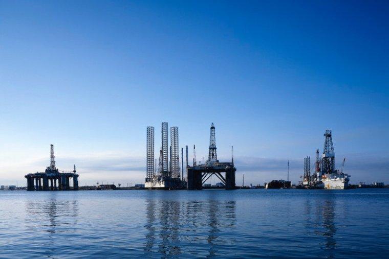 Texan oil rigs