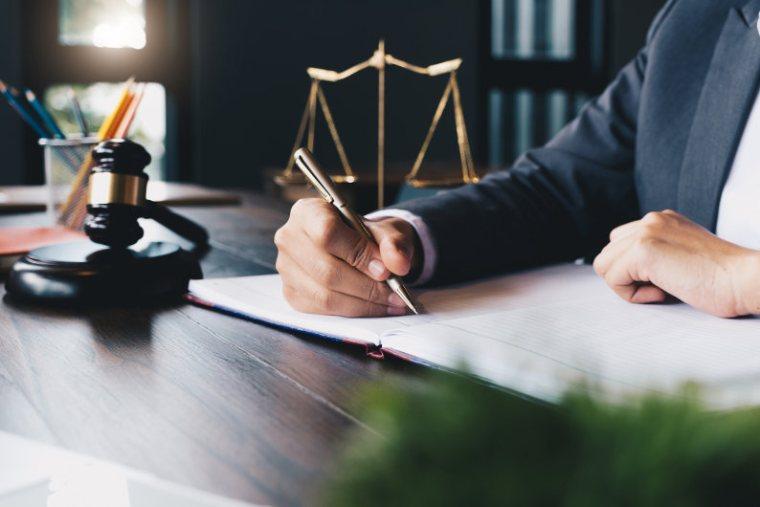 Hire a criminal defense attorney
