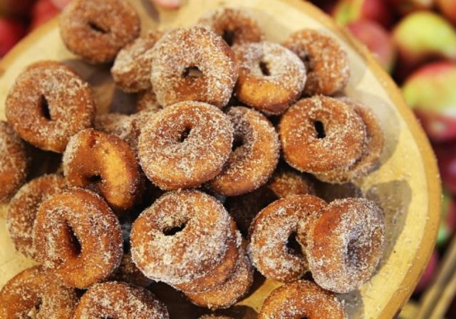 Poll: Where will you be getting your cider doughnuts this season? – Boston.com