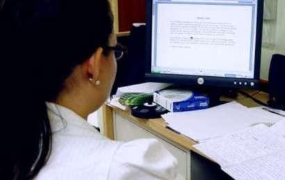 Directorii de școli din Gorj nu mai primesc spor de calculator