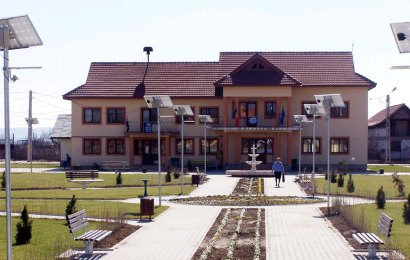 """Salarii """"ciuntite"""" la o primarie din Gorj! Taieri de 20% din cauza lipsei banilor"""