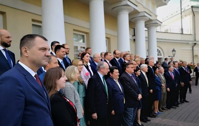 """Secretarul de Stat din Ministerul Energiei, Andrei Maioreanu: """"În mod constant, în ultimele sezoane de iarnă, în situațiile de criză cauzate de vremea rece, sistemul energetic românesc a rămas constant și a contribuit la stabilitatea energetică a regiunii. Acest lucru a fost și este posibil, deoarece România se bucură de un mix energetic echilibrat și diversificat"""""""