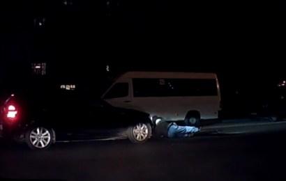 A sărit în fața mașinii și a murit