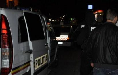 15 persoane la spital după un atac cu săbii