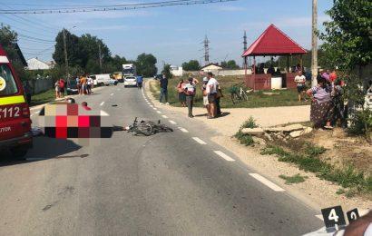 Biciclist mort după ce a fost lovit de mașină
