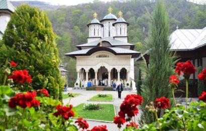 Cum se simte starețul de la Mănăstirea Lainici