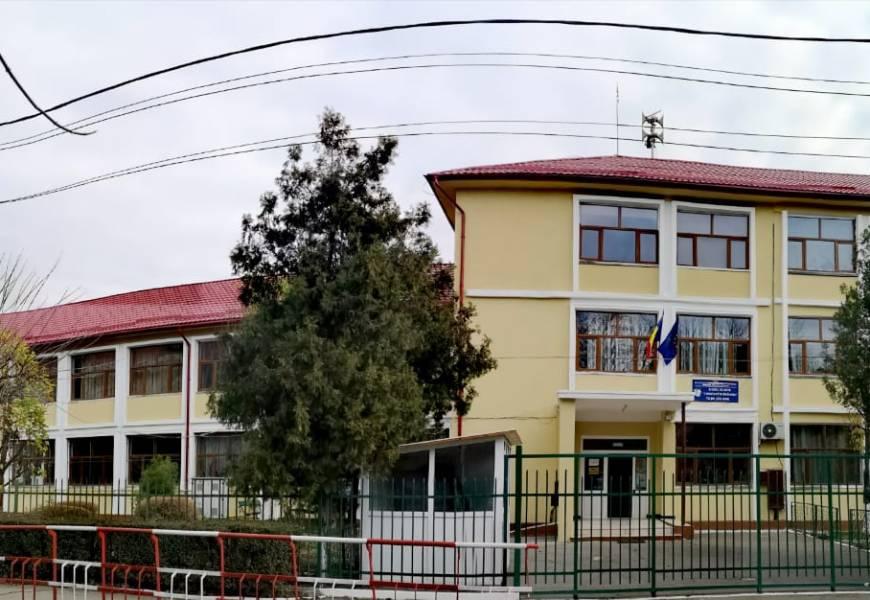 Se vor înființa clase noi la două licee din Târgu Jiu