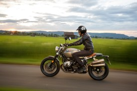 P90227557_highRes_the-new-bmw-r-ninet-