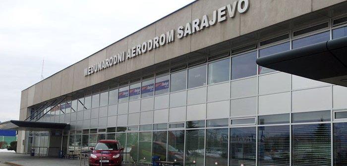 U Sarajevo sletio prvi avion iz Rijada: Neki putnici vraćeni zbog viza