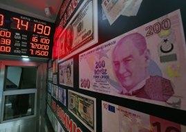 Turska lira pala na najniži nivo ikada