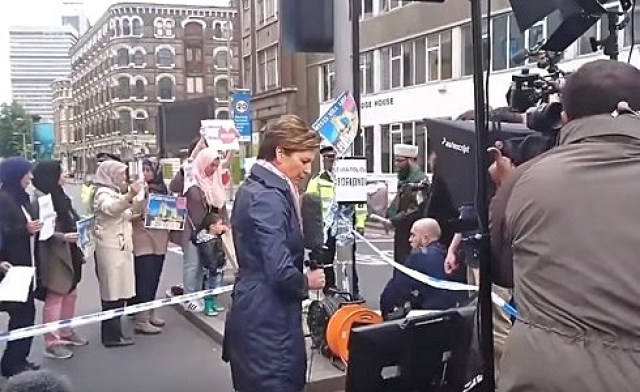 cnn staged anti isis protest by muslims after london bridge attack fake news