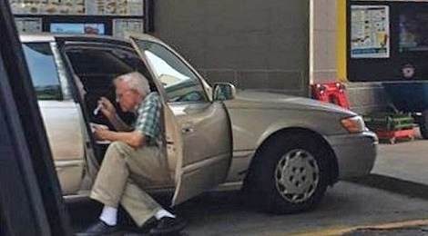 nashville man feeds elderly wife ice cream in heat Pastor Brent Kelley