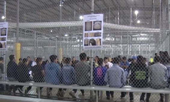 Mumps, other outbreaks force U S  detention centers to