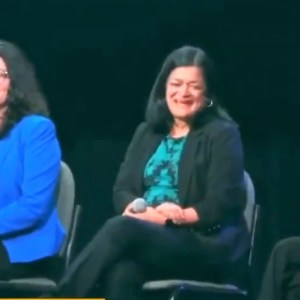 Rashida Tlaib boos Hillary at Bernie Sanders event after host says not to: 'I'll boo! I can't be quiet'