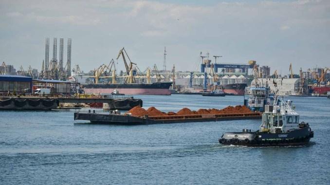 Nave în Portul Constanța. FOTO Cătălin Schipor / CTnews.ro