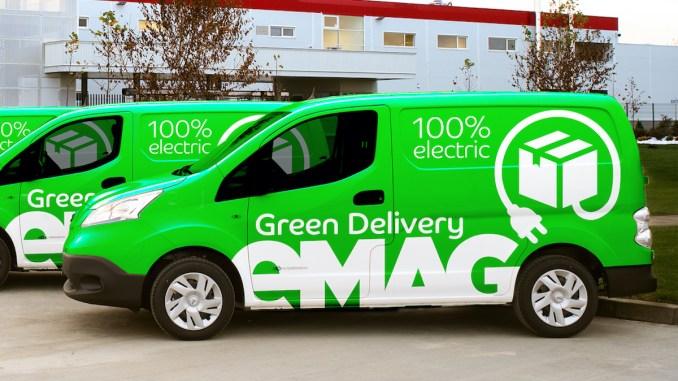 Mașini de livrare de la eMAG. FOTO SmartPoint