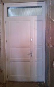 Laposdűlő fa bejárati ajtócsere