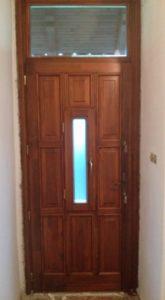 Magdolna negyed fa bejárati ajtócsere