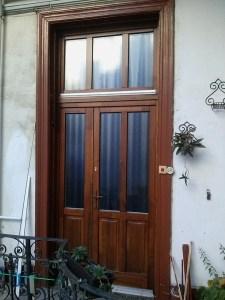 Péterhegy fa bejárati ajtócsere