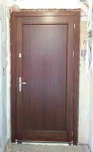 Rendessytelep fa bejárati ajtócsere