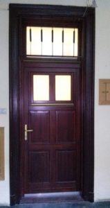 Újpalota fa bejárati ajtócsere