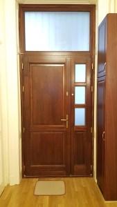 Alsórákos fa bejárati ajtócsere