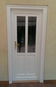 Csepel-Rózsadomb fa bejárati ajtócsere