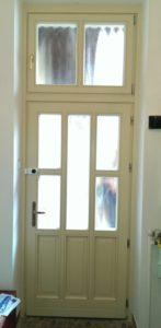 Kőérberek fa bejárati ajtócsere