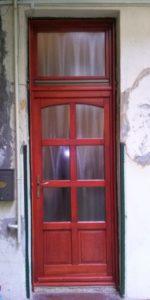 Kúttó fa bejárati ajtócsere