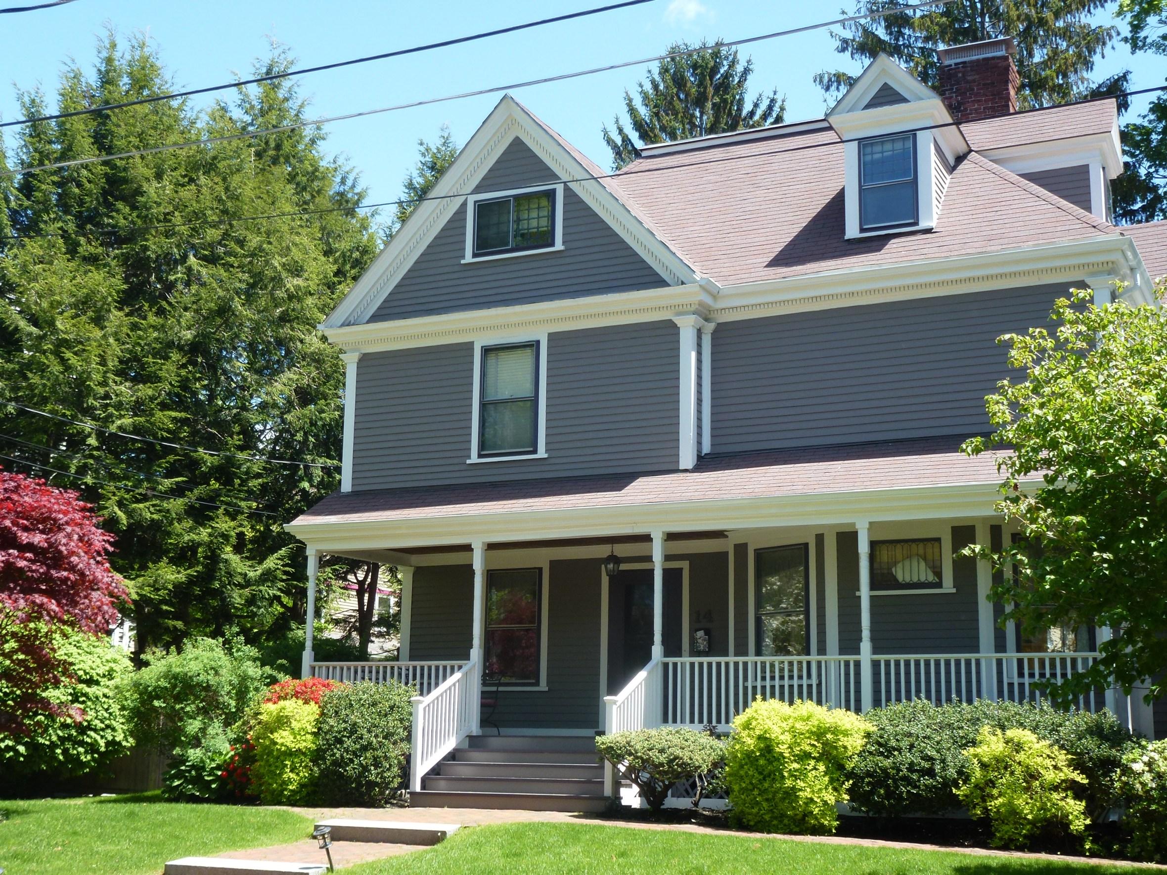Color design - Victorian exterior - warm taupe a classic design