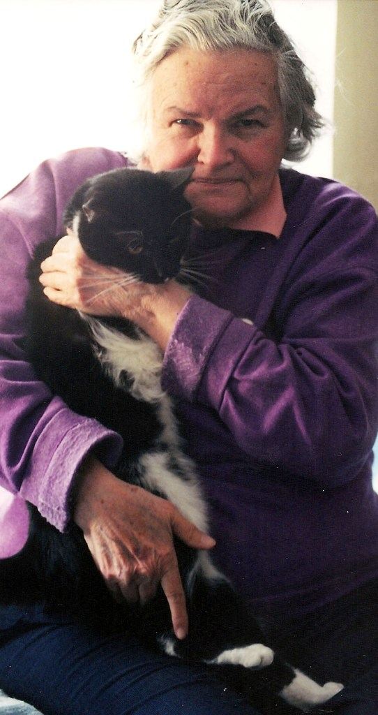 Paws gram, who is also a senior, with her Clyde