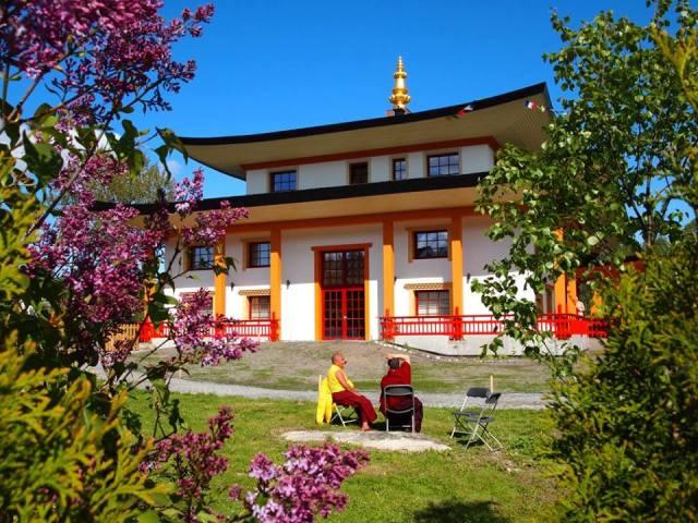 Karma Tashi Ling buddhistsamfunn på Bjørndal (foto: Cathrin Solem / KTLBS)