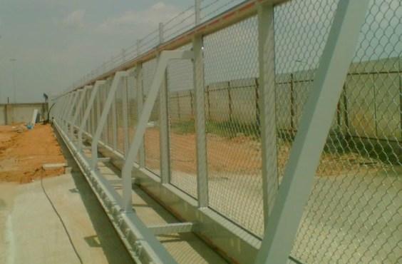 bardzo długa brama przesuwna