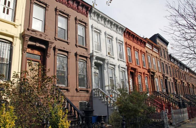 Comptroller Scott M. Stringer evaluates the impact of homesharing on rents in New York City over the period 2009 to 2016.